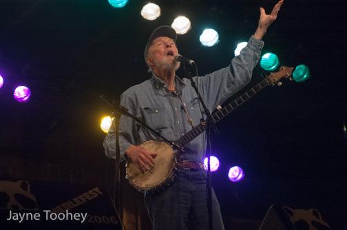 Pete Seeger at Merlefest. Photo by Jayne Toohey.